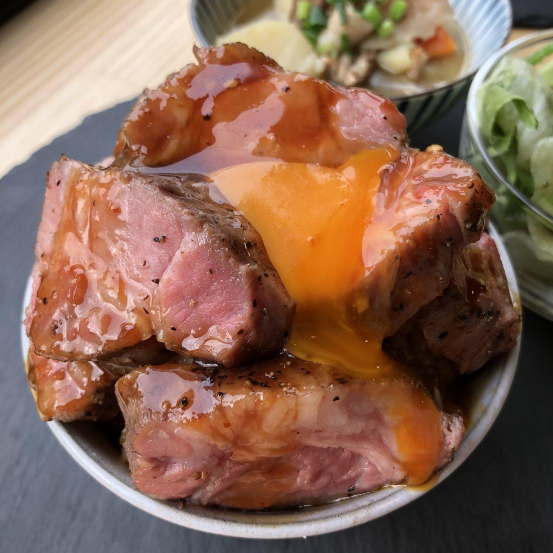 金山で絶品豚肉料理を味わう!「PORK STAND 3PIG(スリーピッグ)」 - 6bcebe4cef6c65cf8d96b0e2314c18d2 1110x1110