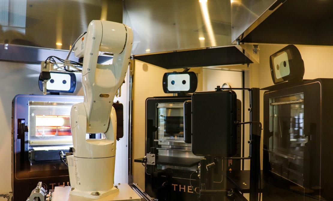 体験レポ!栄に新OPENした「BAUM HAUS」。最先端の焼き立てバウムクーヘンやロボットと触れ合いを楽しんできました - IMG 3576 1110x669