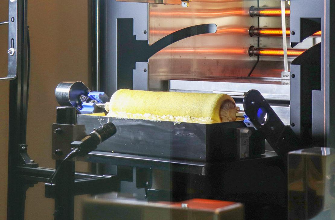 体験レポ!栄に新OPENした「BAUM HAUS」。最先端の焼き立てバウムクーヘンやロボットと触れ合いを楽しんできました - IMG 3582 e1615265282283 1110x730