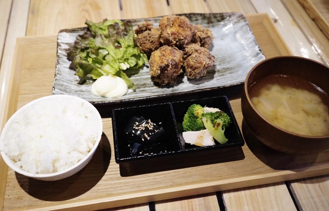 名古屋駅近くの「うまい魚が食べたくて」でボリューミーで美味しい干物定食を! - 53298BFC 8F71 4F06 B9BD 130E39190EC1 1 105 c