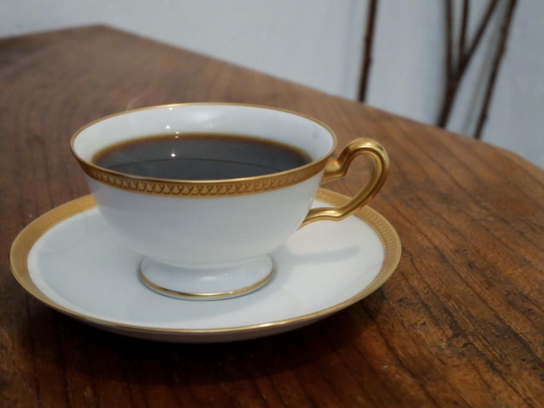 花屋の2階に隠れたカフェ「白枦」で美味しいひとときを。至れり尽くせりランチコース - F2FA62A2 81D8 42BD A6D2 8B1C477AAB00