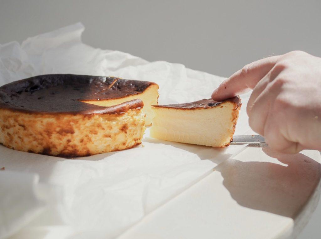 素材と食感を楽しむ贅沢な「ジェローム・バスクチーズケーキ」が期間限定で大名古屋ビルヂングに登場! - IMG 1322