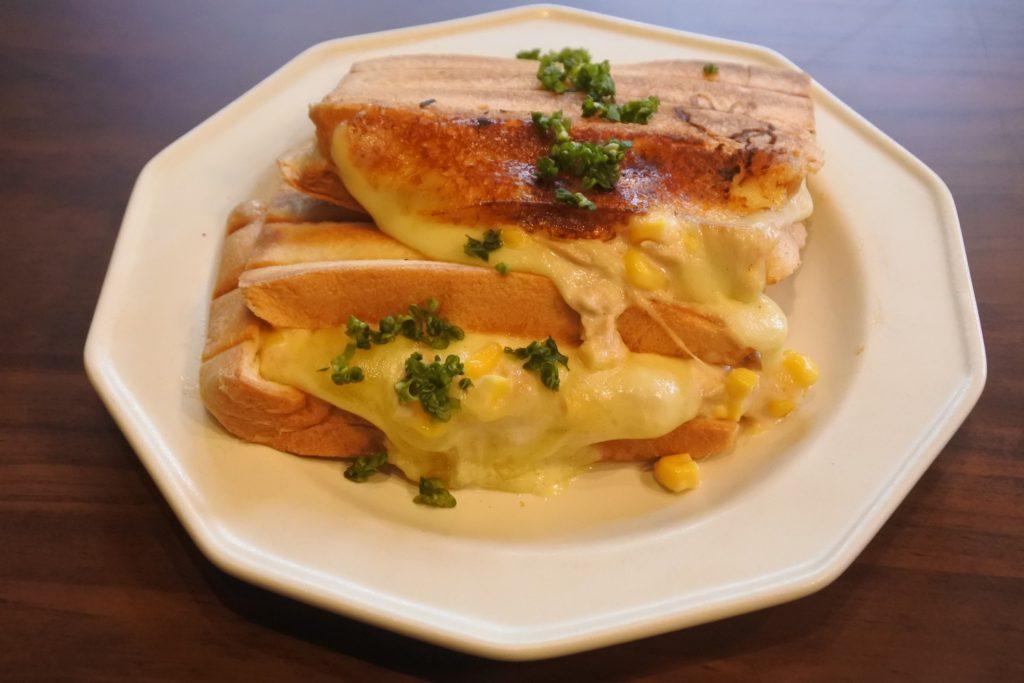 とっておきのパンを使ったマリトッツォやサンドイッチを召しあがれ、あま市『SIPPO meet up cafe』 - eff83ec71c4bcaf9244acc9ad0111e01