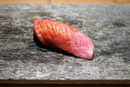 お手頃価格で極上の江戸前寿司を味わえる!『鮨ひばり』が岐阜駅前にオープン