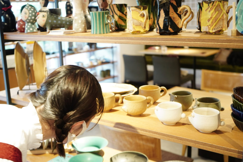 特別な一皿が、日常に豊かさをプラスする。本山のカフェ『作家story 作家の器のある暮らし』 - DSC08751