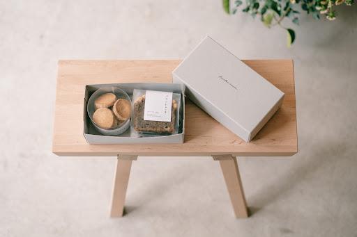 素材を生かしたお菓子で優しい気持ちに。「焼菓子とコーヒー パーラーイムオム」でささやかなご褒美を - unnamed