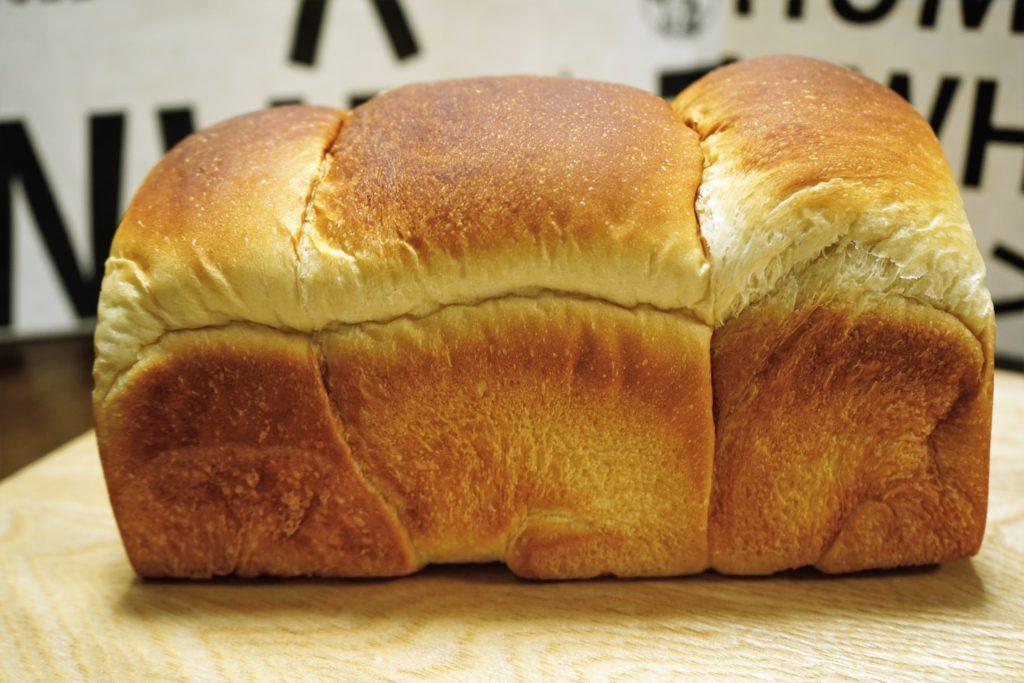 ザックザクのカレーパンが食べたい!話題のパン屋『小麦の奴隷 』が東海に初上陸 - DSC09615